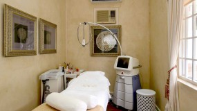 skin treatment room